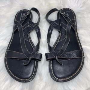 Born Strappy Black Leather Thong Sandals Size 10